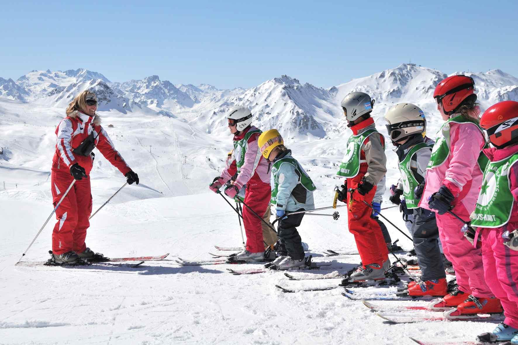 Современная горнолыжная школа в Красной Поляне Роза Хутор
